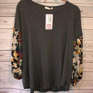 Entro boutique gray floral sleeve tunic XL new